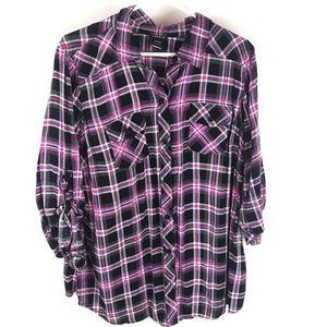 Torrid plaid pink and black button up shirt